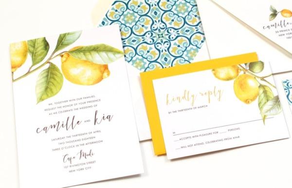 Thiệp cưới màu vàng tại thiepcuoinhameo.com