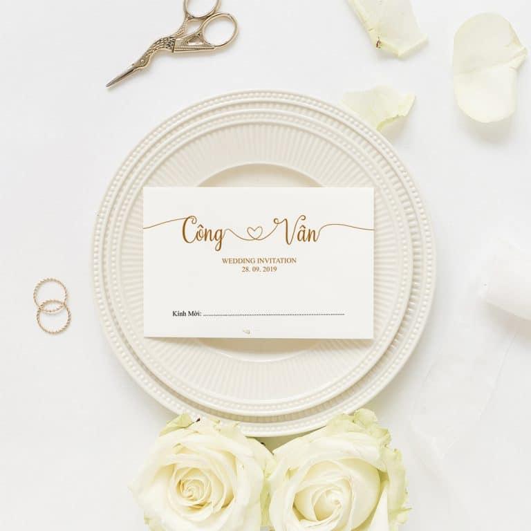 Thiệp cưới màu trắng sang trọng