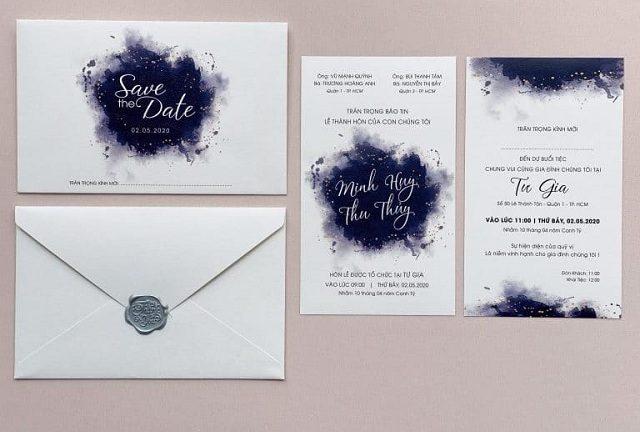"""Thiệp cưới màu trắng - """"Món quà"""" của sự thuần khiết và vĩnh cửu"""