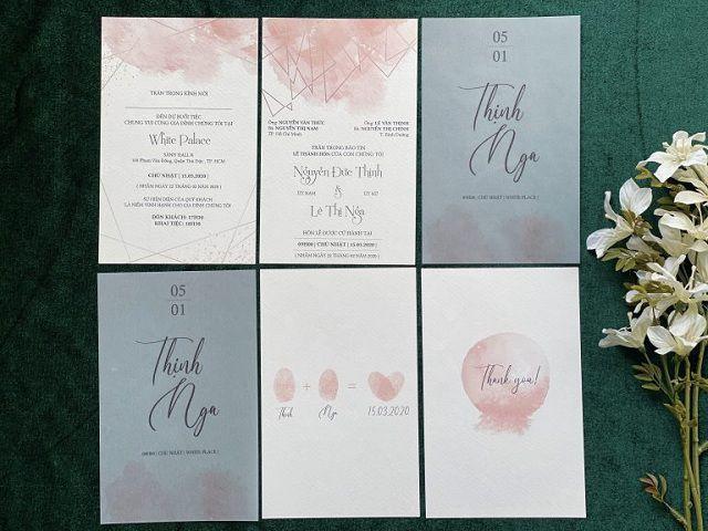 Mẫu thiệp cưới phong cách hiện đại kết hợp giấy thường và giấy Scan độc đáo