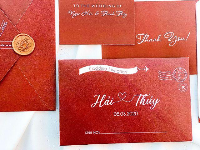 Thiệp cưới Hàn Quốc màu đỏ