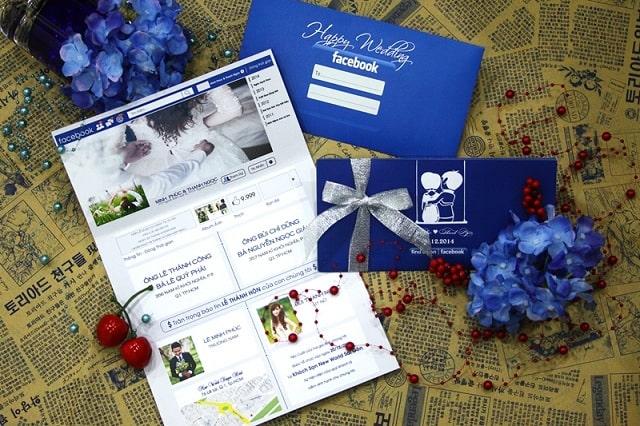 Mẫu thiệp cưới sử dụng ý tưởng giao diện của mạng xã hội Facebook